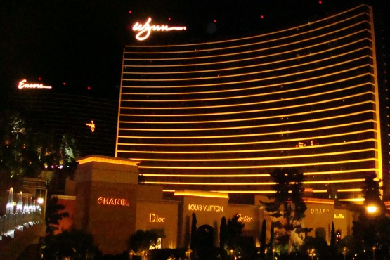 Wynn at night wp